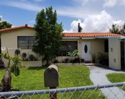 729 Nw 1st Ct, Hallandale image