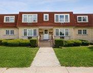 4433 Prairie Avenue, Brookfield image