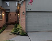 4924 Royal Cove Dr, Shelby Twp image