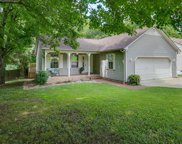 212 Valley Dr, Columbia image