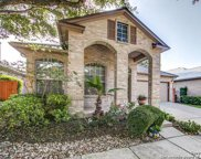 8 Stoneleigh Way, San Antonio image