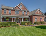 414 Woodcrest Ln, Franklin image
