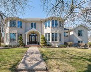 6838 Parkside Avenue, Countryside image