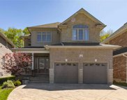 7 Pebblebrook Cres, Whitby image