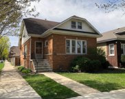6101 West Berenice Avenue, Chicago image