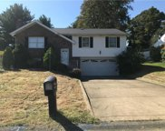 204 Fairview Dr, Manor image