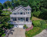 132 E Shore Rd, Huntington Bay image