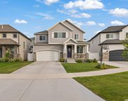 1023 W Molly Pitcher Cir, Bluffdale image