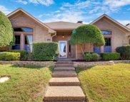2724 Raphael Lane, Dallas image