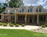 126 Royal Pointe  Way, Mooresville image