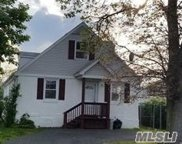 44 S 18th St, Wyandanch image