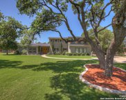 709 Oak Bluff Trail, New Braunfels image