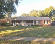 702 S Oakwood Avenue, Brandon image