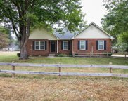 106 Fleetwood Ct, La Vergne image