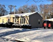 424 Saint Marys Parkway, Buffalo Grove image