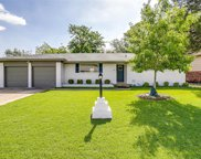 2112 Bonnie Brae Avenue, Fort Worth image