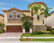 9885 Nw 87th Ter, Doral image
