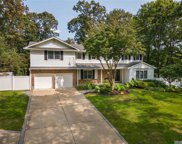 48 Colby  Dr, Dix Hills image
