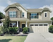 105 Chollywood  Drive, Mooresville image
