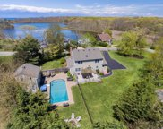 210 Soundview Ave, Peconic image