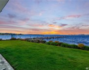 6401 Lake Washington Blvd NE Unit 100, Kirkland image