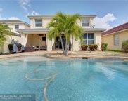8694 Tally Ho Ln, Royal Palm Beach image