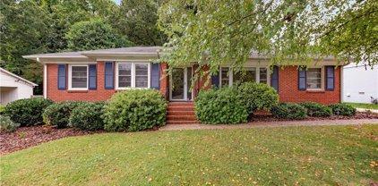 5014 Wedgewood  Drive, Charlotte
