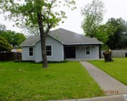3841 Englewood Lane, Fort Worth image