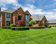43133 Vintners Place Dr, Sterling Heights image